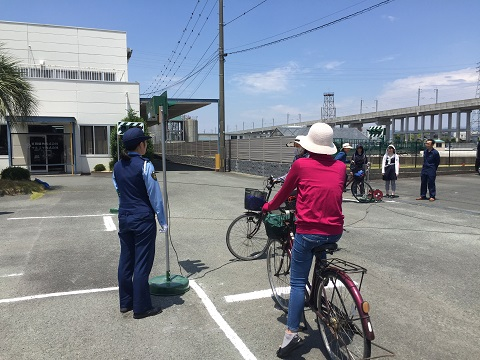 宮田織物の交通安全教室